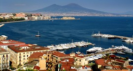 A Yacht Charter Italy - Naples sailing